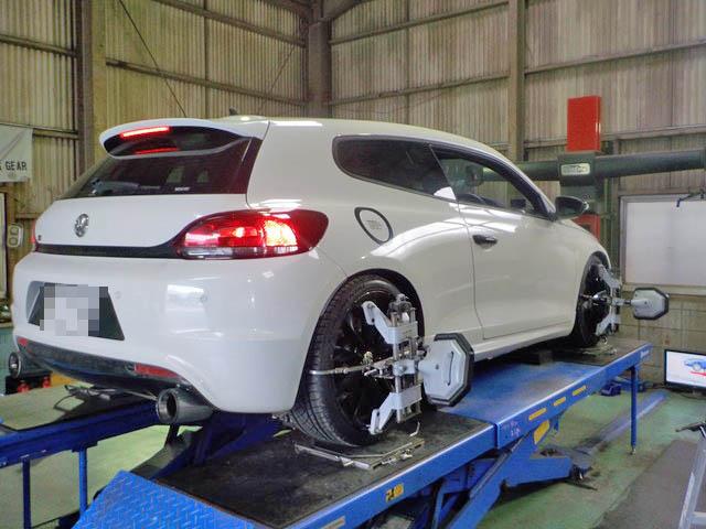 VW フォルクスワーゲン シロッコR 四輪アライメント