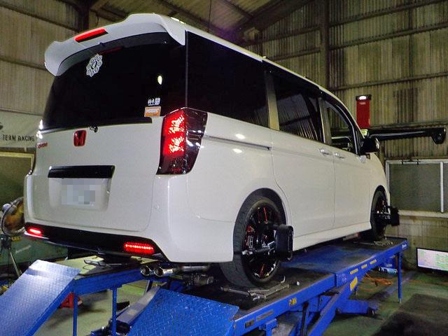 RK5 ステップワゴン 持ち込みタイヤ交換 四輪アライメント調整