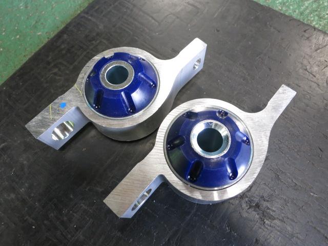 URS190 レクサスGS HKS車高調に交換 キャスターブッシュ交換 四輪アライメント