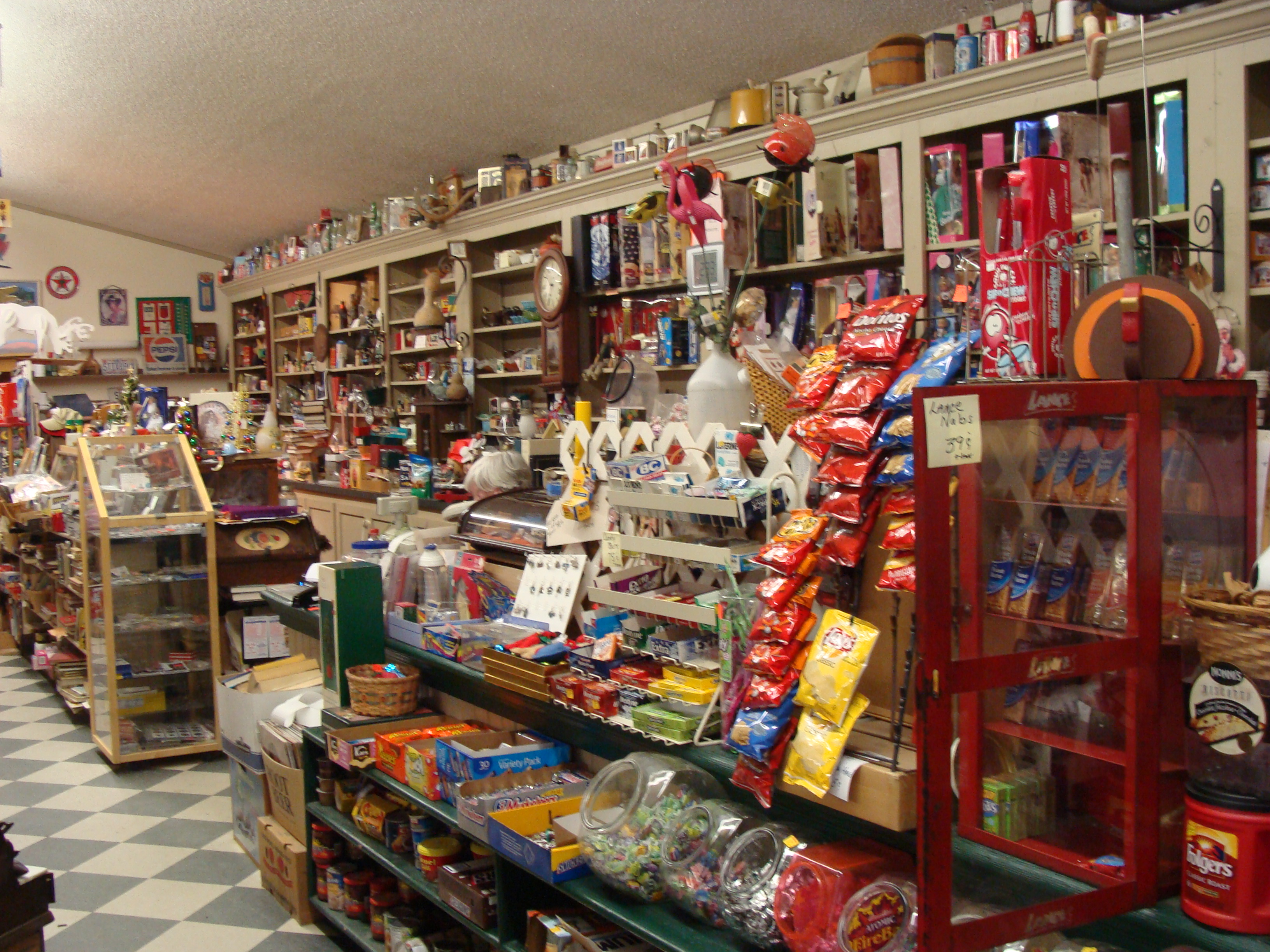 Mystique of the Ole Fashioned General Store  Psalmboxkey