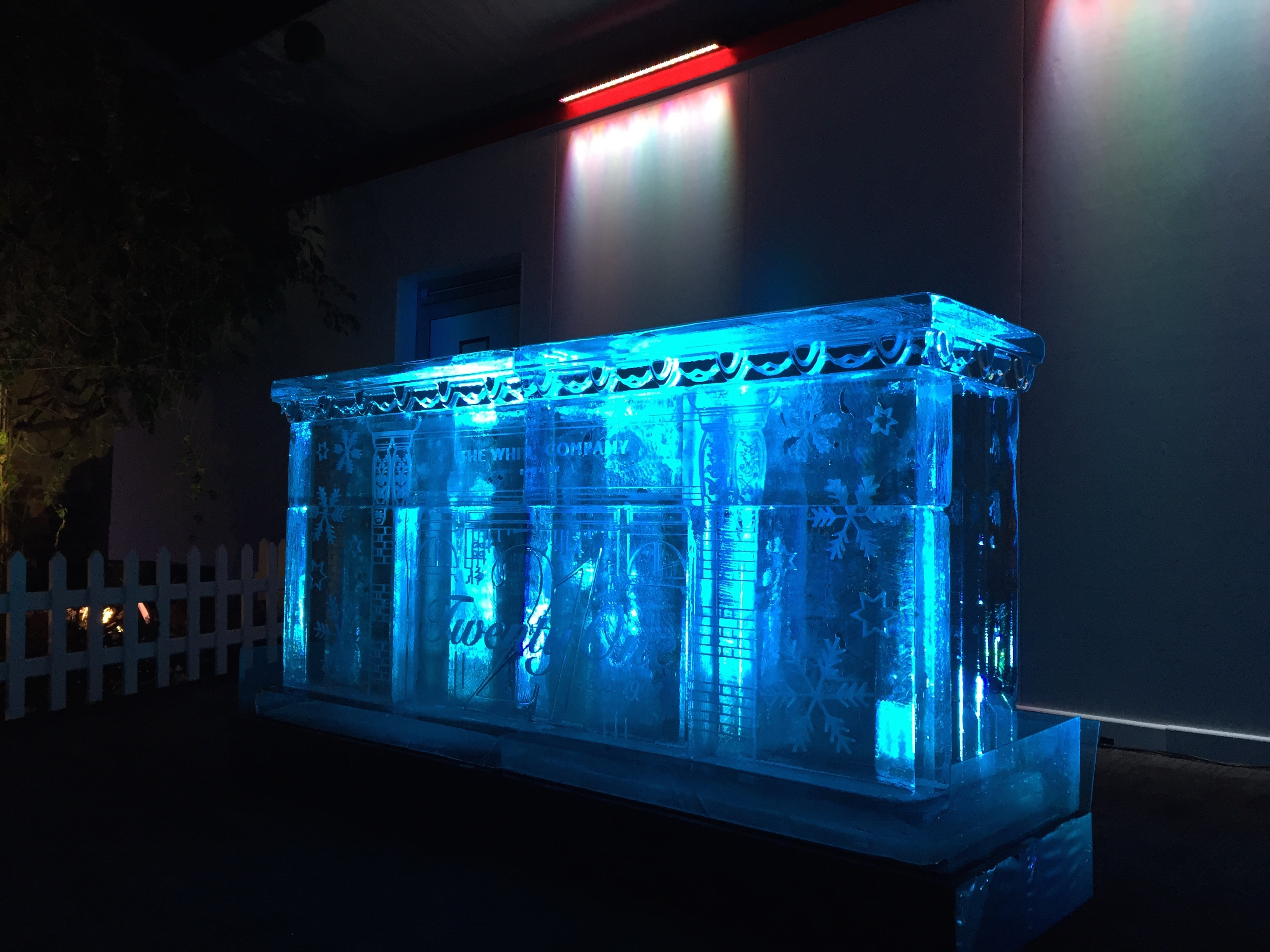 The White Company 2m ice bar