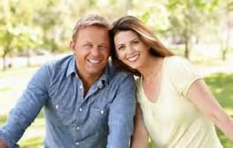 couple-happy-mid-age