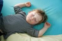 vaikas-miegas