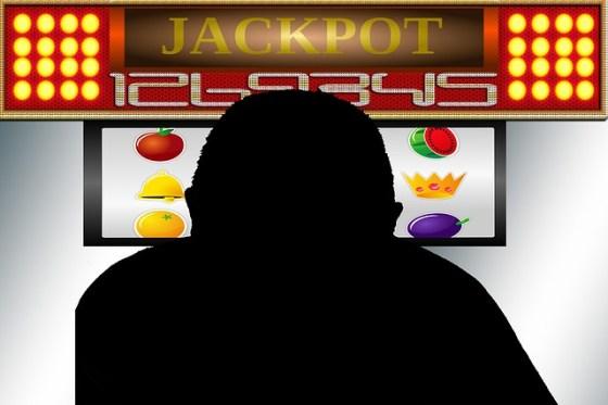 gambling-256369_640