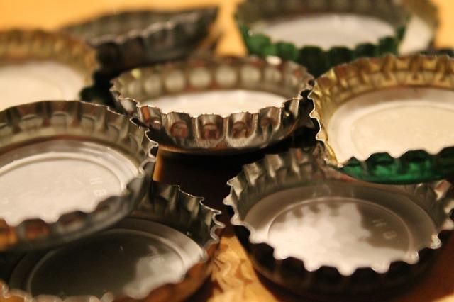 bottle-caps-647830_640
