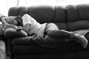 Uma boa noite de sono é melhor que vários cochilos