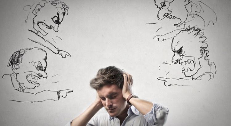 ouvir críticas, lidar com críticas