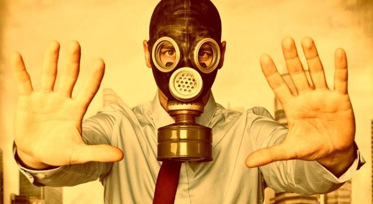 pessoa tóxica, pessoa com máscara de gás