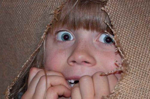 Contracondicionamento - menina com medo