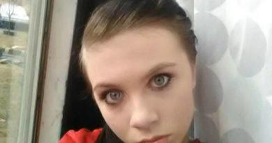 Menina de 12 anos comete Suicídio ao vivo no Youtube
