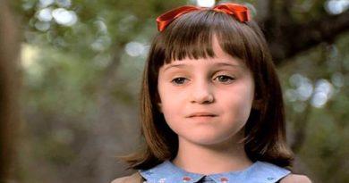 """Atriz de """"Matilda"""" fala sobre Depressão e como ter sido uma estrela mirim causou sofrimento"""