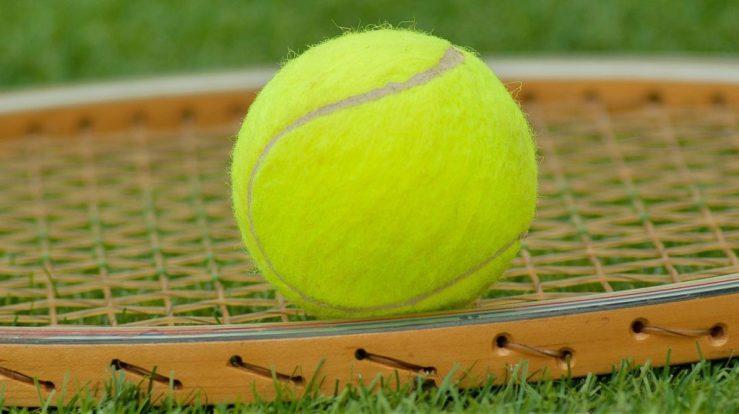 juego interior tenis1