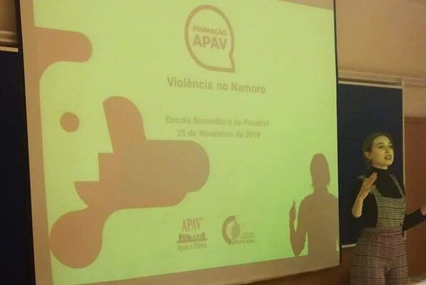 """Palestra APAV """"Violência doméstica"""" para jovens e adultos"""