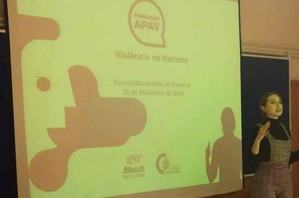 Palestra violência doméstica - Dra Maria Inês Costa