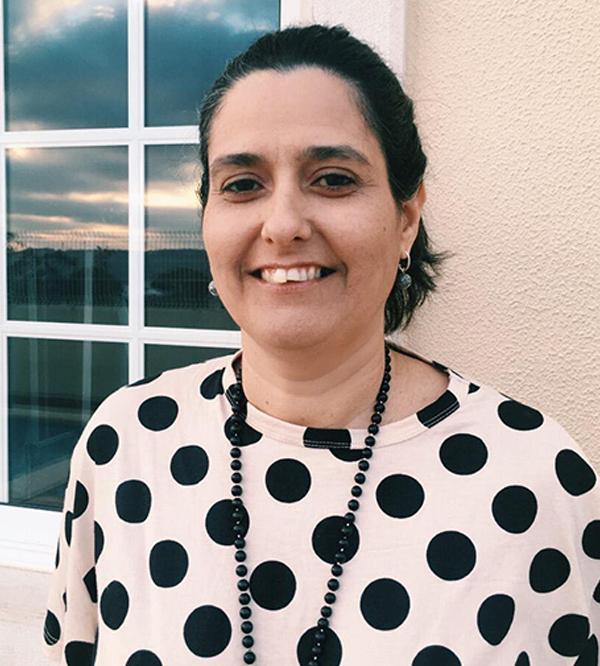 Dra. Paula Carmo