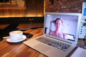 Teràpia online: Estalviar temps i diners. Psicologia en Càncer