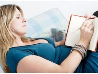 Cómo Escribir un Diario Emocional para Subir tu Autoestima