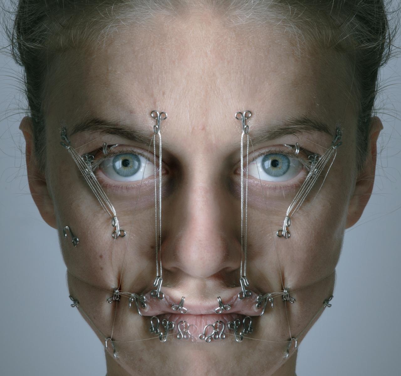 La Psicología De La Modificación Corporal Tatuajes Piercings Y