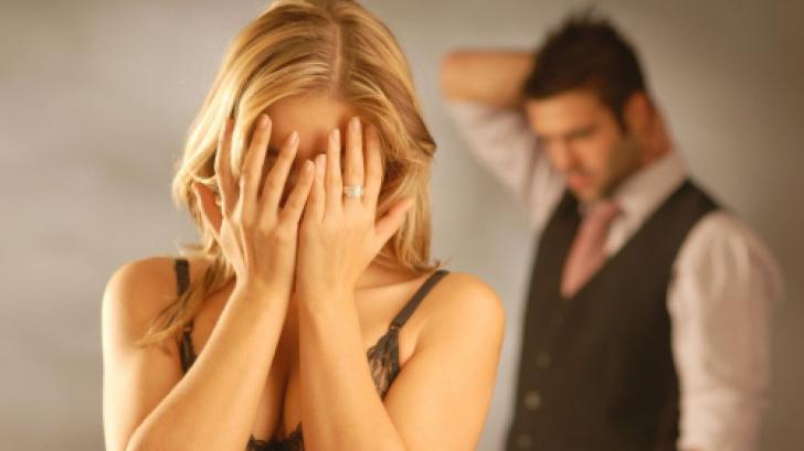 10 эмоций, которые чаще всего чувствуют люди во время (и после) нарциссического абьюза.