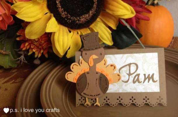 Thanksgiving Place Card with Cricut Turkey - Here are 20 Fall Paper Crafts to enjoy with your friends and family. Fall Home Decor, Fall and Thanksgiving Handmade Cards, Fall Printables, Kids' Crafts leaves, pumpkins, feathers, and so much more!