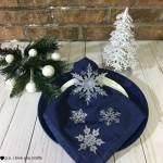 DIY Snowflake Christmas Table Napkins