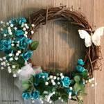 DIY Dollar Store Wreath for Spring