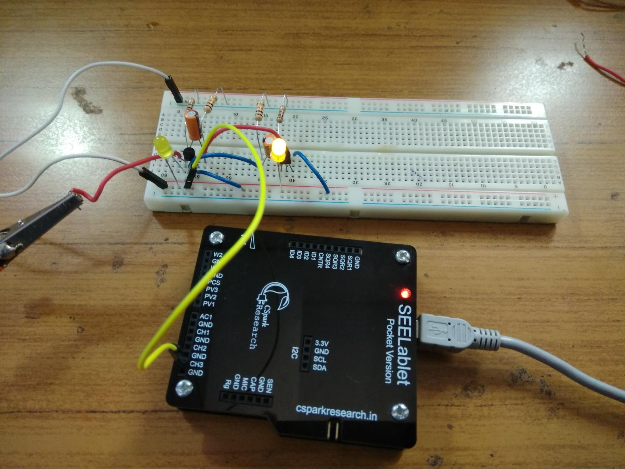 Performing Multivibrator Experiments in PSLab Android App