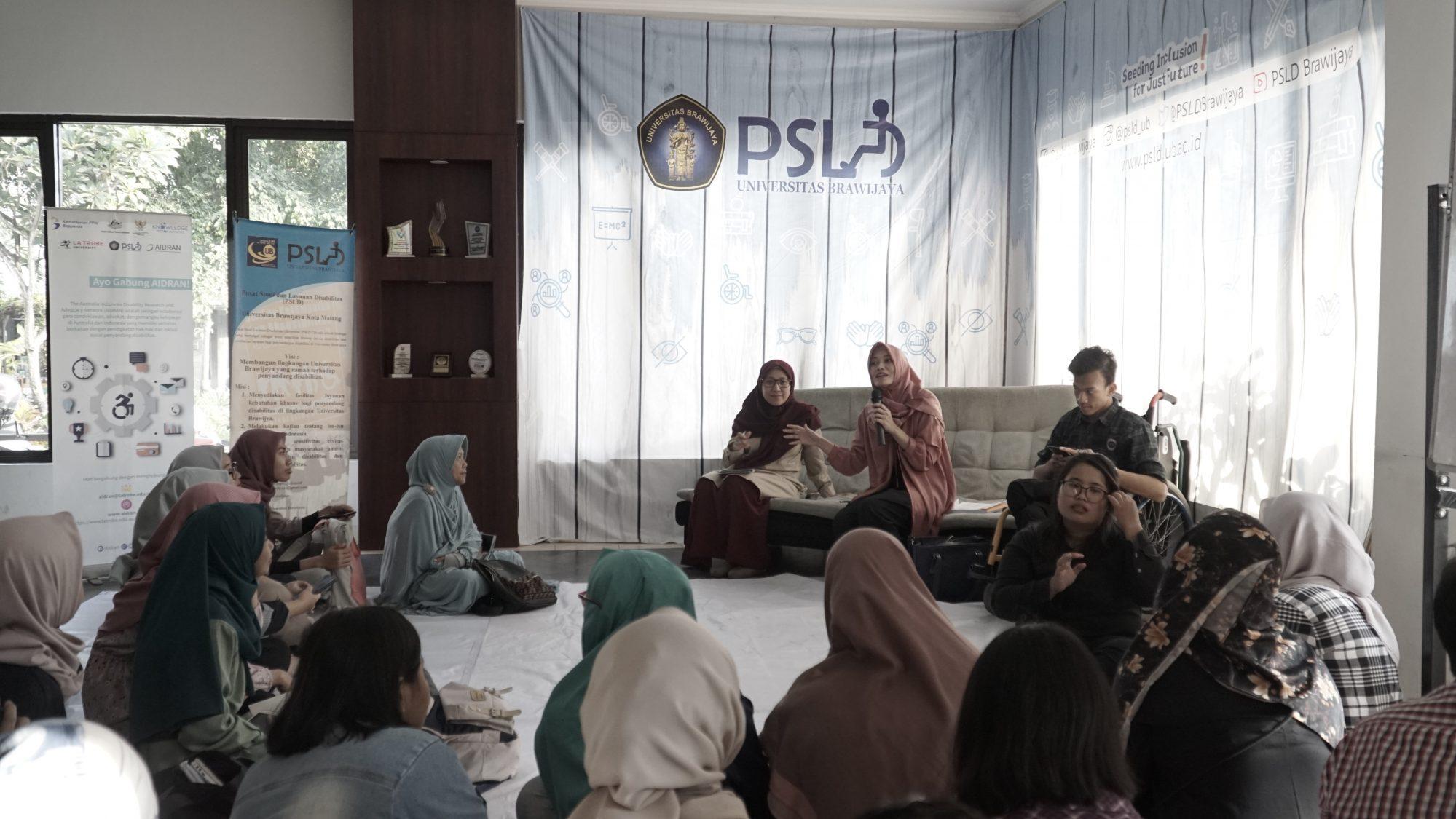 Suasana diskusi rutin DisabiliTea