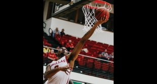 Men's Basketball defeated by Upper Iowa, defeats Sioux Falls