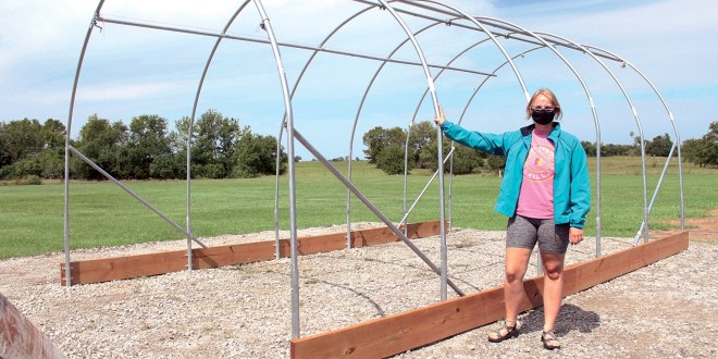 PSU students building greenhouse, aquaponics system for Cherokee high school, community