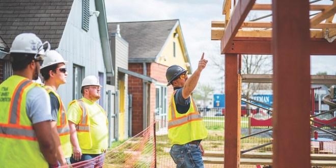 Construction students awarded national scholarships