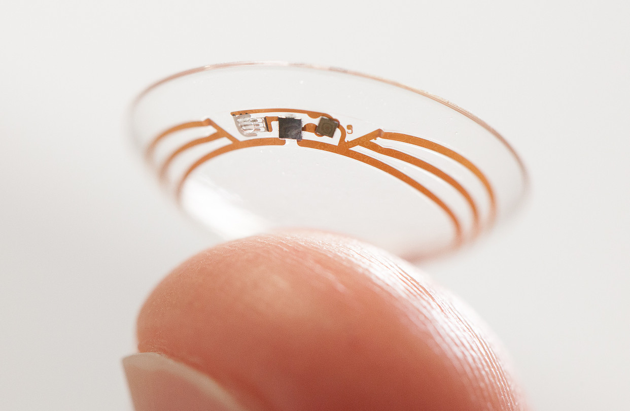 Upcoming Wearables: Google's Smart Contact Lens that Measures Glucose Levels