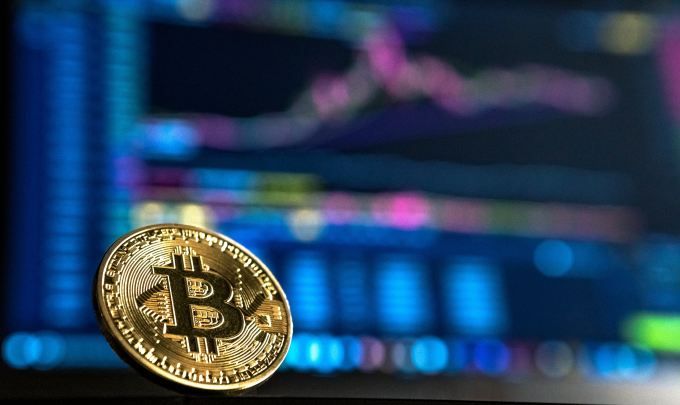 Will Bitcoin be the world's single currency in 10 years?