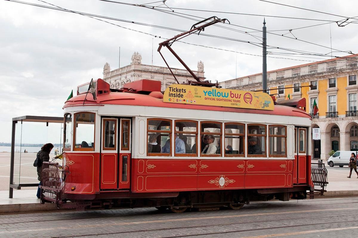 Tramwaj turystyczny (obowiązują osobne bilety)