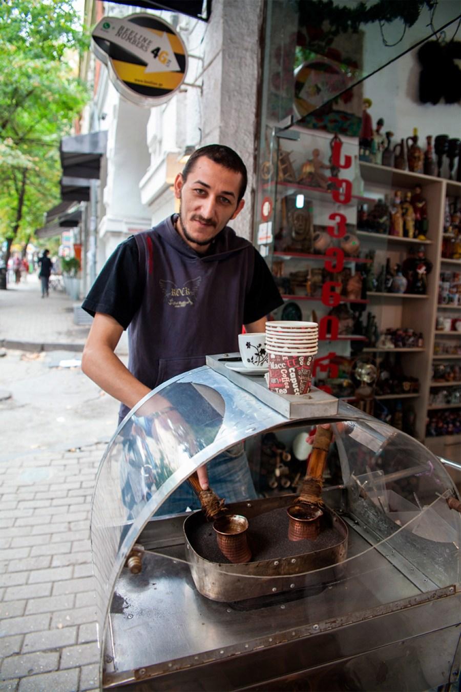 Pan, który przygotował dla nas kawę