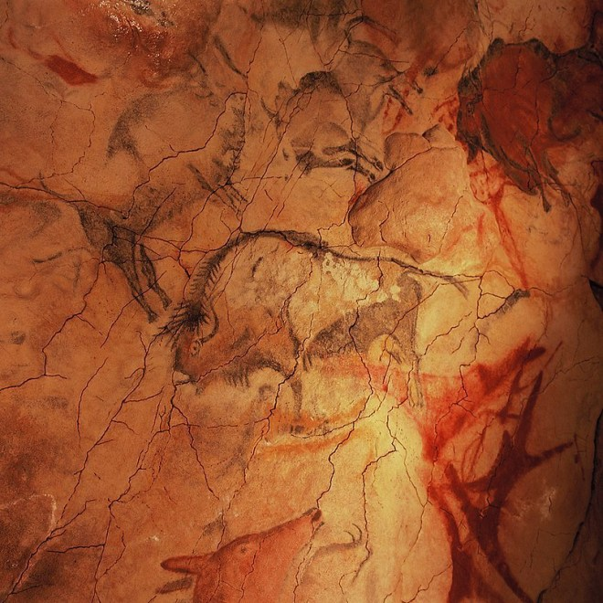 800px-Cave_of_Altamira_and_Paleolithic_Cave_Art_of_Northern_Spain-110113.jpg