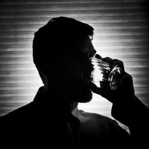Man drinknig alcohol