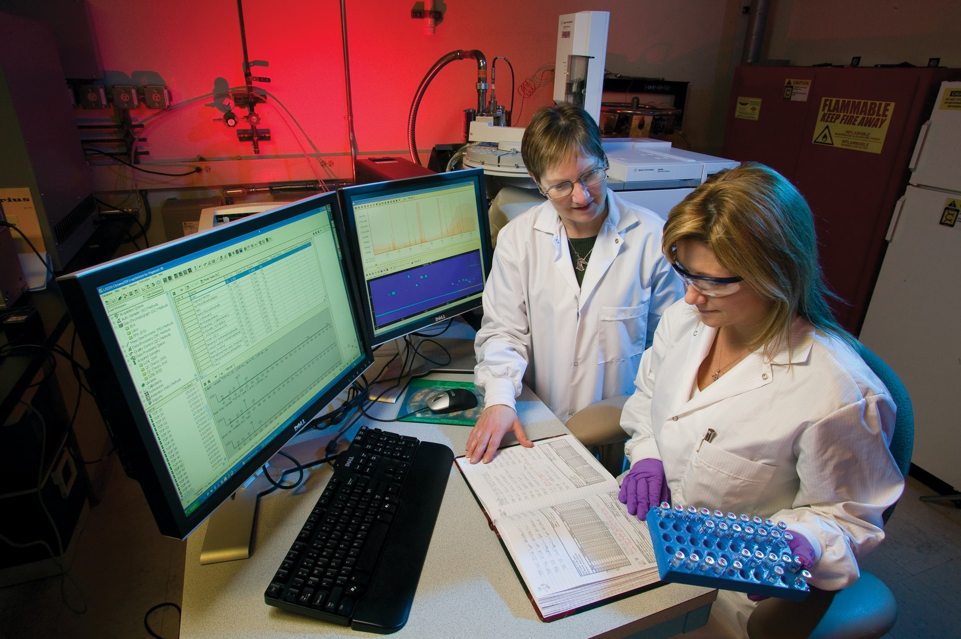 5 Emerging Trends That Make Working in a Lab Better Than Ever
