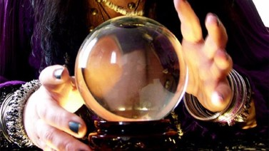 6-psychics-predict-what-happens-in-20161