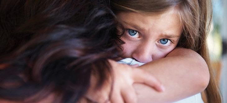 Πένθος – Απώλειες: Τρόποι αποτελεσματικής διαχείρισης των μικρών παιδιών στις δύσκολες στιγμές τους