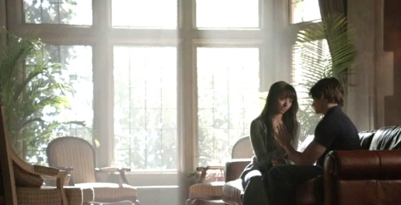 The-Vampire-Diaries-season-5-episode-7-Death-and-the-Maiden-Bonnie-Jeremy