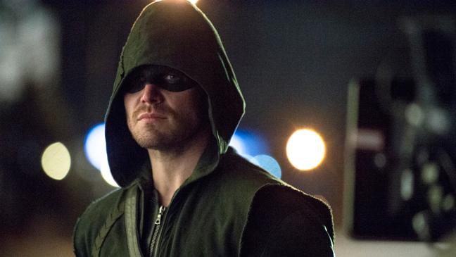 Arrow_Hood