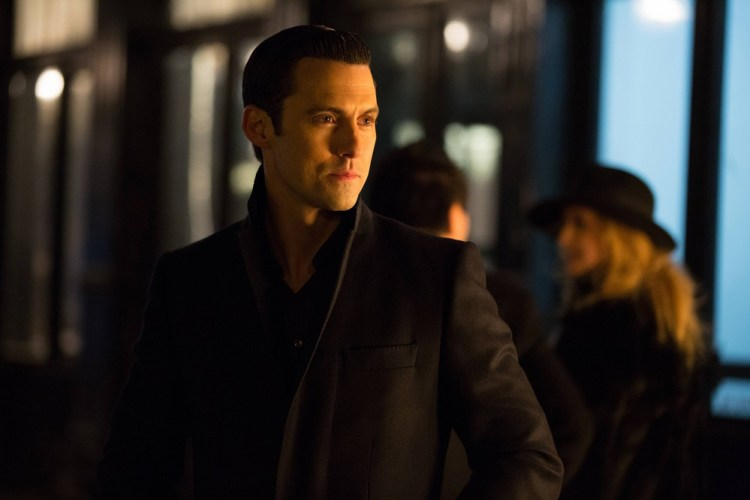 Gotham-1x19-Beasts-Of-Prey3