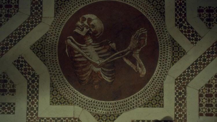 Hannibal-302-skeleton-floor