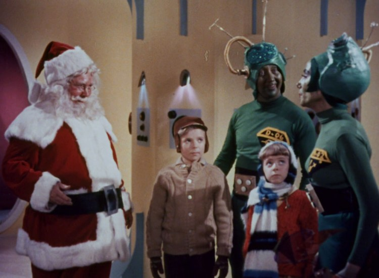santa-claus-conquers-the-martians-01