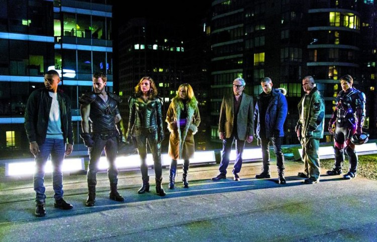 legends of tomorrow pilot one 2