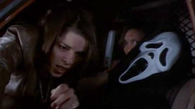 sidney-escapes-cop-car