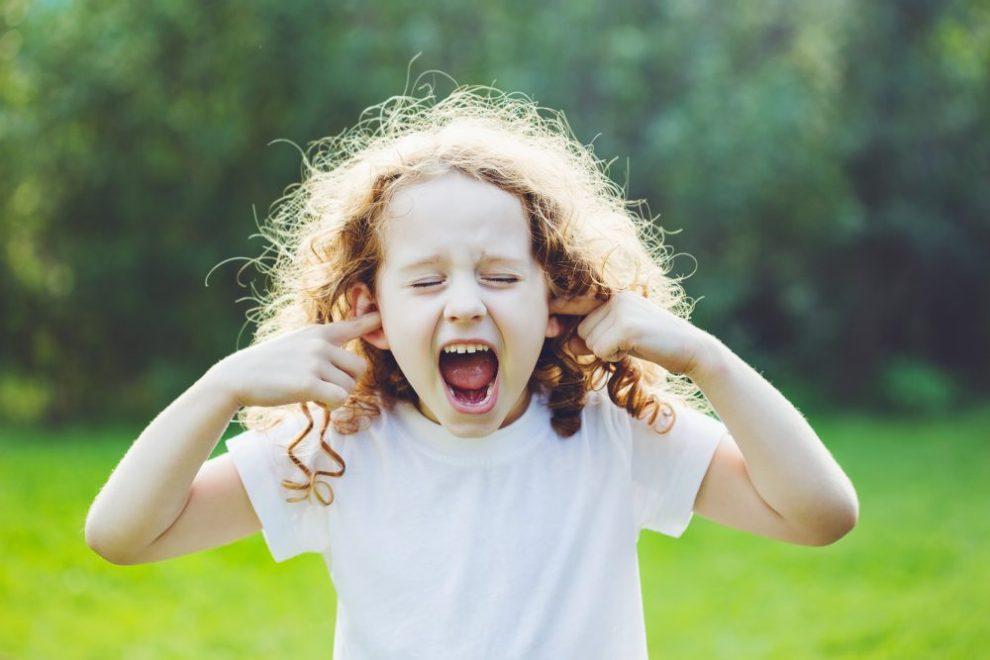 Kind gestresst buiten - Leer je kind omgaan met stress
