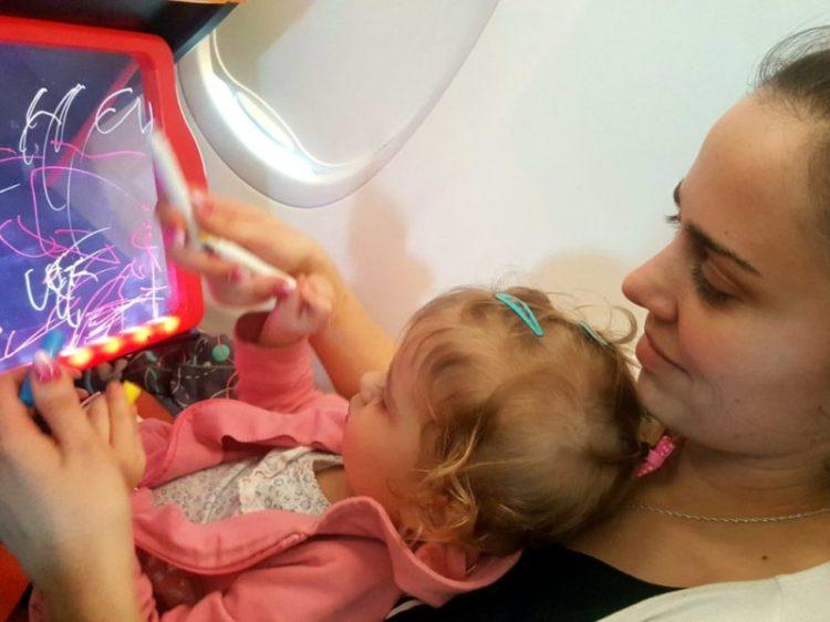 20190220085347768560557 Jak zorganizować podróż samolotem z dzieckiem – 2 letnia Matylda leci do Izraela!