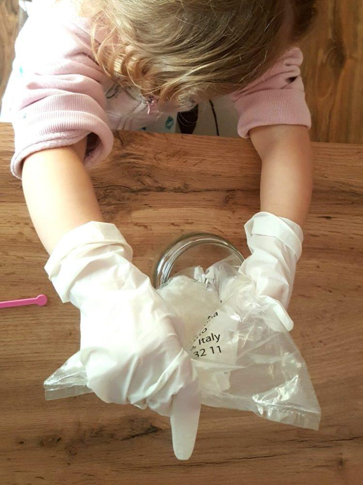 wp-15822008344411106229247-1024x682 Nauka i zabawa: DIY - Perfumowane mydełka od LISCIANI